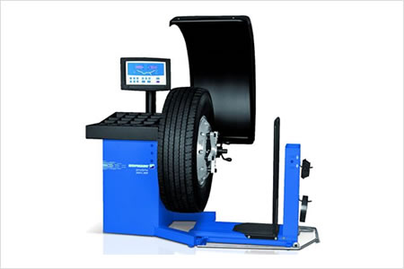 Hofmann GEODYNA® 980L Commercal Truck Wheel Balancer